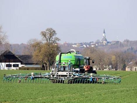 Meglepő, mit művelnek a lengyelek a trágyával – ezt a talaj és a levegő is meghálálja