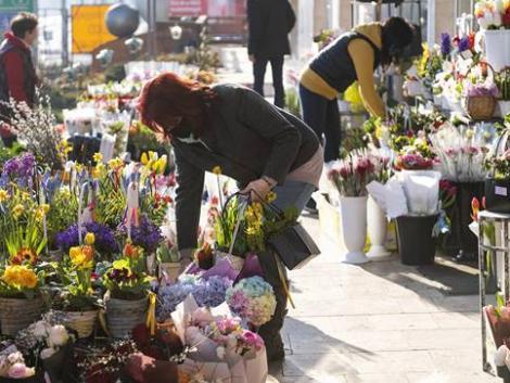 Komoly konkurenciát jelentenek a hipermerketek a virágboltoknak
