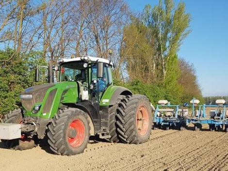 Földvásárlás, mezei leltár, mezőőri járulék – fontos törvényjavaslat a Parlament előtt