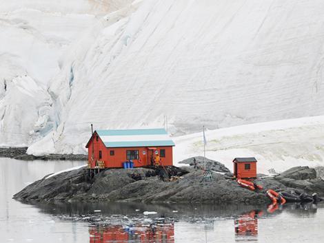 Kutatók most tényleg a jég hátán próbálnak paradicsomot termelni