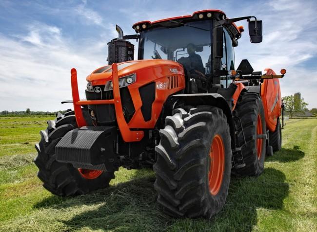 Szintet lép teljesítményben a Kubota – bemutatkozik az új M8 traktorcsalád