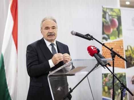 Bejelentette az agrárminiszter: egy hónapon belül 600 milliárd hullik a gazdák ölébe