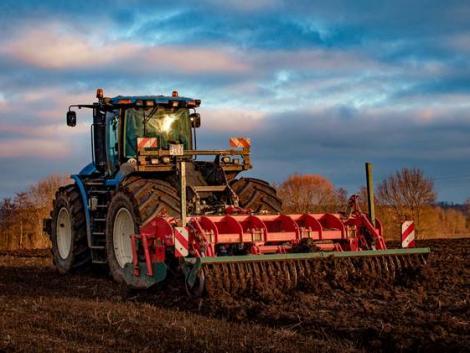 Talajművelés, dróntechnológia, energianövények – mi mindennel foglalkozik a Növénytermesztési-tudományok Intézet?
