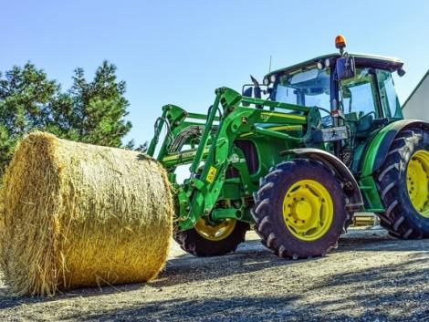 Ennyi eső még a traktor lemosására sem elég