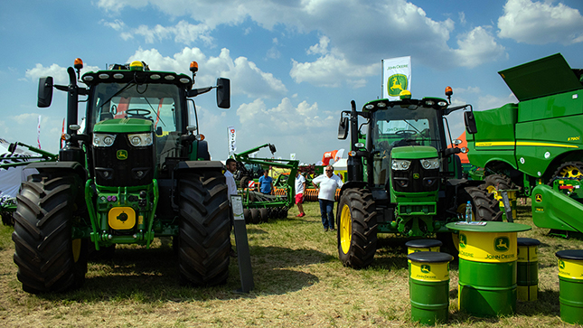 John Deere traktorok