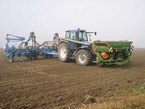 Traktorosok, figyelem! Ezekkel a kiegészítőkkel sok költség takarítható meg