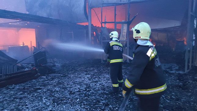 Tűz az istállóban