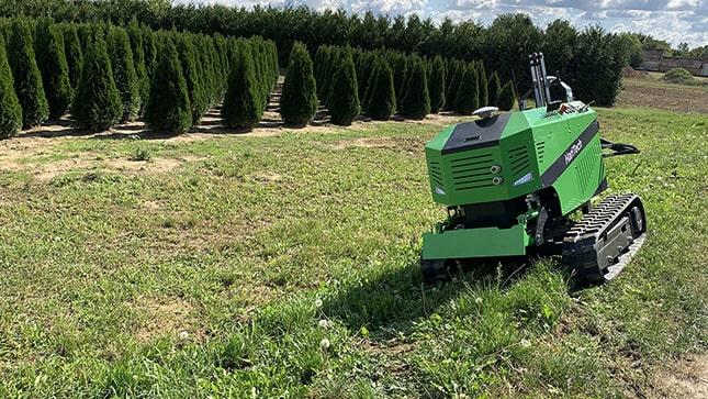 gumihevederes alvázú mezőgazdasági robot