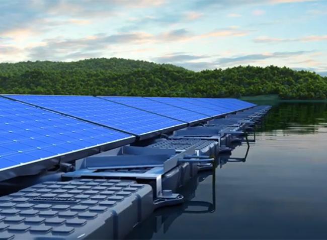 Indonézia óvja a termőföldjeit – vízre telepít napeneriga parkot