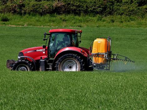 Már a traktorod is megmondhatja, milyen idő lesz