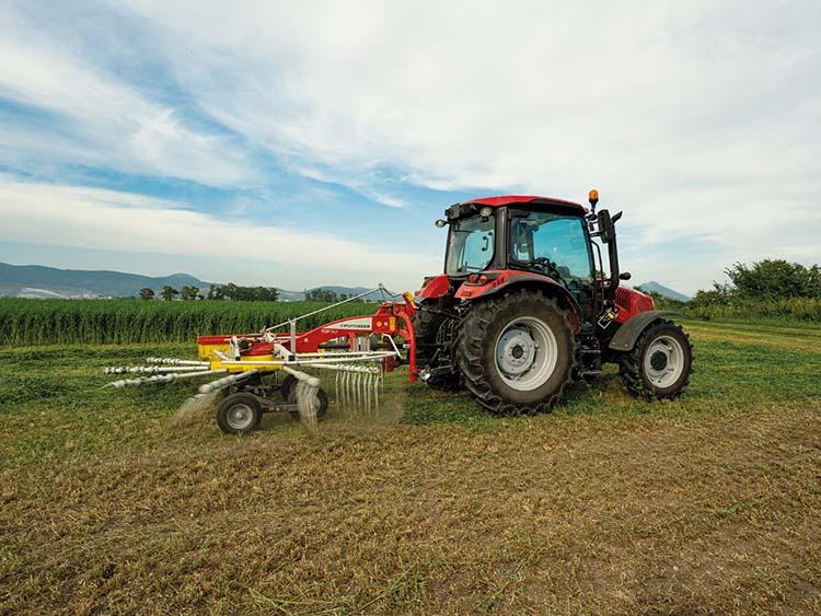 traktor rendképzővel