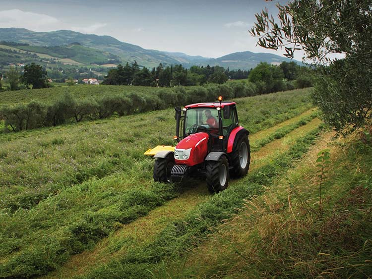 McCormick kertészeti traktor