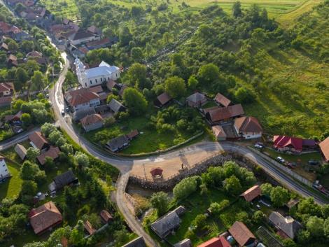 Most a falvakon a sor: pályázhatnak a legkisebb vállalkozások