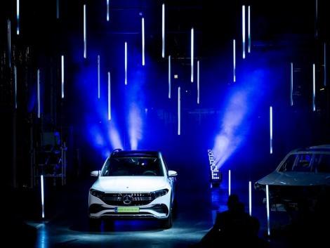 Történelmi pillanat: tisztán elektromos autók gyártása indul el Kecskeméten