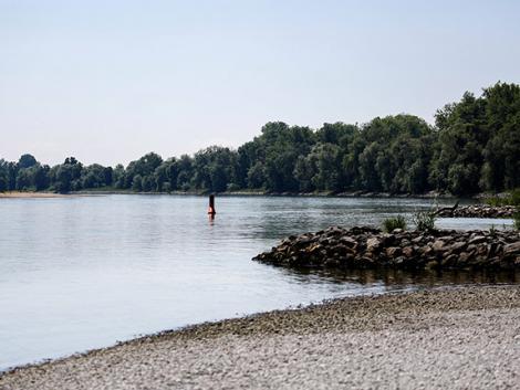 Kell-e tartani a dunai árhullámtól? Mutatjuk, mikor és hol tetőzik a folyó!