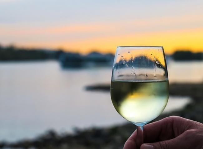 Még az ízük is más – miért különlegesek az adalékanyag-mentes borok?