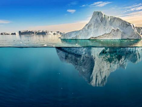 Rettenetes mennyiségű jég olvadt el egy nap alatt Grönlandon!