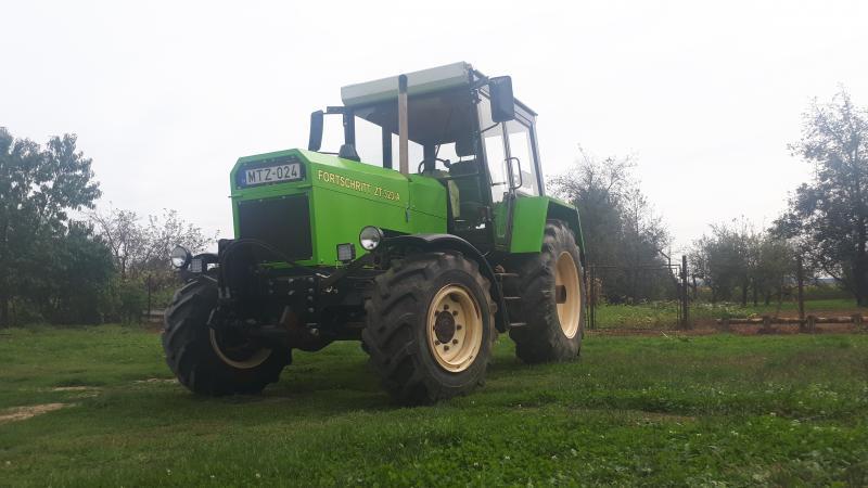 Fortschritt ZT 323 Traktorok