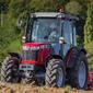 Akcióban a legkisebb Massey Ferguson traktor!